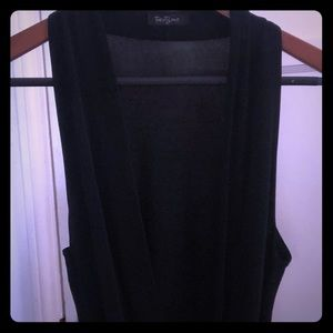 Black low cut forever 21 top